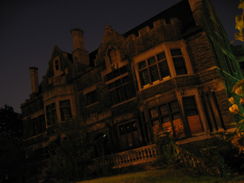 Where macabre monsters meet haunting hillbillies for 13th floor haunted house pa