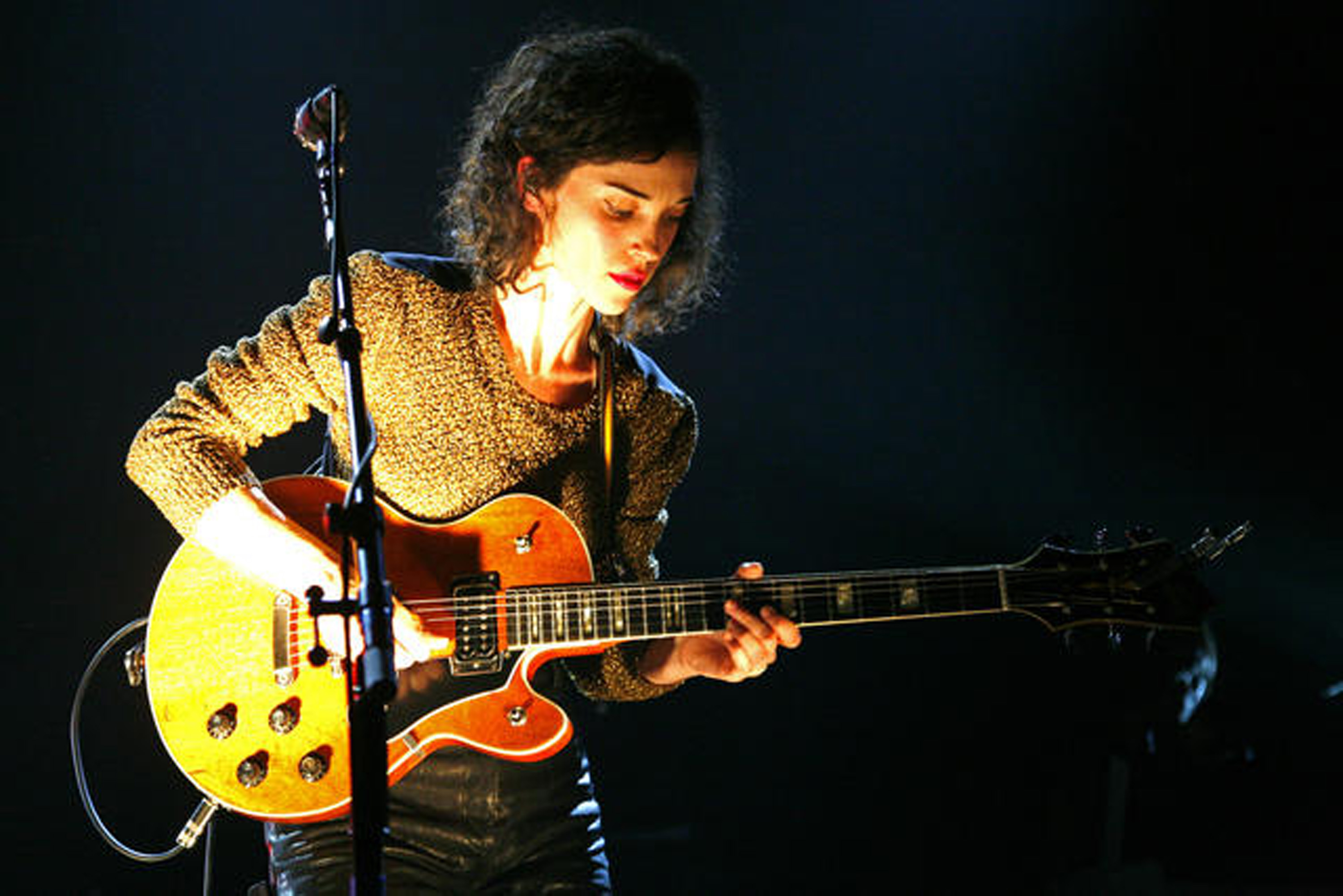 "Annie Clark, better known as ""St. Vincent"" performing Saturday night at the Boulder Theater. (CU Independent/James Bradbury)"