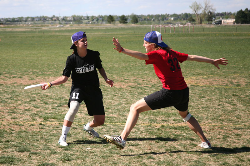 Senior Amanda Good steps out to make a pass around the CSU defender. Good is one of 6 students from Colorado's club ultimate teams trying out for the U.S. U-23 national team this weekend in L.A. (Amy Leder/CU Independent)