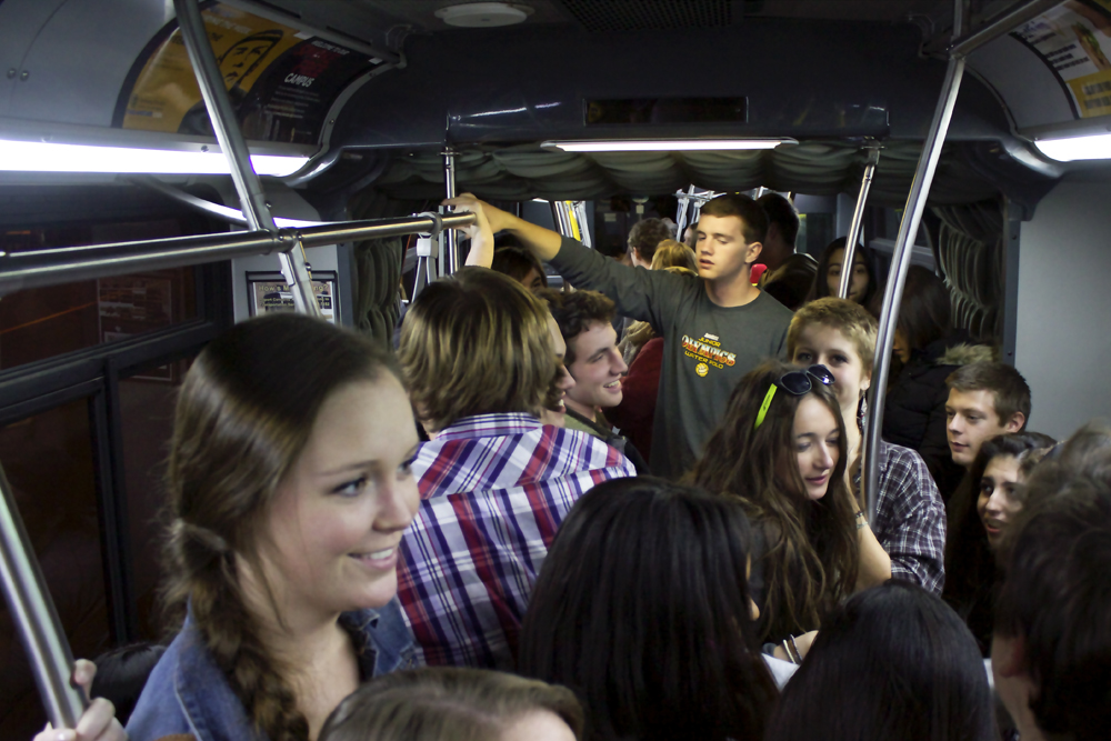 Scarletts wild ride on the bus