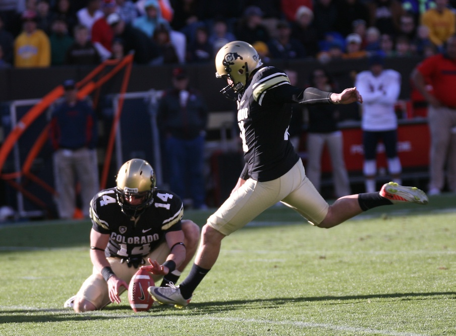 Kicker Will Oliver tacks on an extra point against Arizona. (Nate Bruzdzinski/CU Independent)