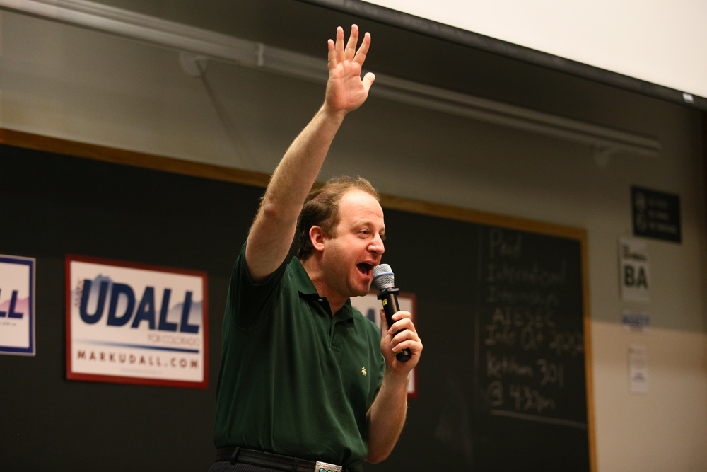 Rep. Polis addresses a crowd in October 2014. (Nigel Amstock/CU Independent)