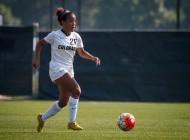 Hooks, Krauser shine in CU Soccer win