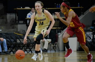 Kennedy Leonard (14) charges up the court at the USC vs. Colorado game at the Coors Event Center. Jan 31, 2016. (Brianna Bradley/CU Independent)