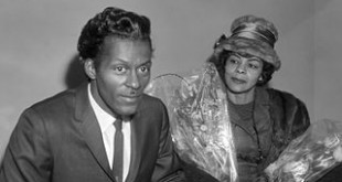 Seminal rock and roll artist Chuck Berry with his sister Lucy Ann in 1965. Berry was a pioneer of the fast-paced, guitar-driven rock and roll that permeated the 1950s. (Courtesy of Joop van Bilsen/Anefo/Wikimedia Commons)