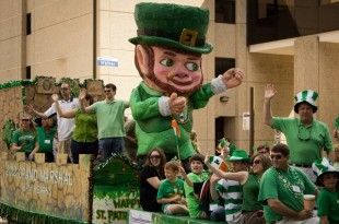 St Patrick's Day parade in downtown Houston, 2012. (Courtesy of Sarah Worthy/Tendenci)