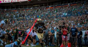 Junior Devin Ross scores a touchdown during the Buffs' 44-7 win over the CSU Rams during the Rocky Mountain Showdown at Mile High on September 2, 2016. (Robert Hylton/CU Independent)