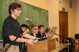 CUSG holds a meeting on Oct. 25 on the CU Boulder campus. (Jesse Hughes/CU Independent)
