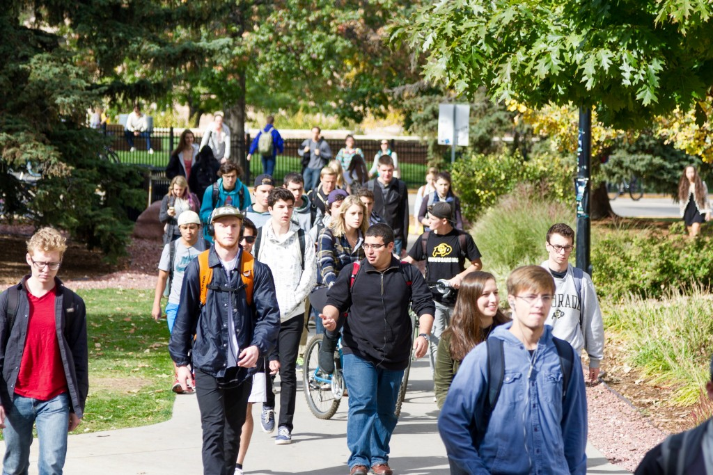 Despite the upcoming GOP Debate, student life on campus continues as usual. Central campus on Oct. 28th, 2015. (Will McKay/CU Independent)
