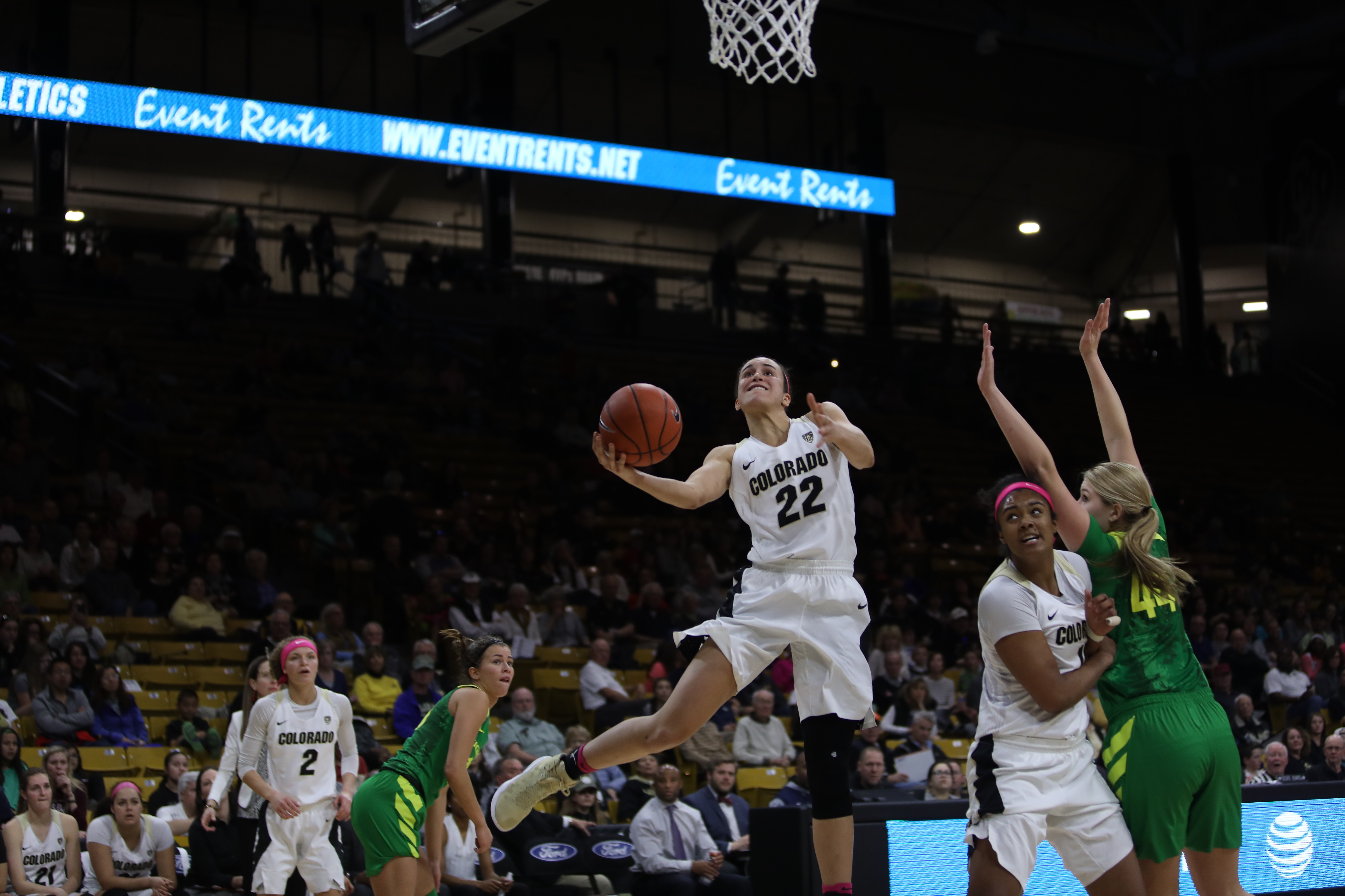 Smith notches 1,000 career points and leads Colorado past Oregon 76-66