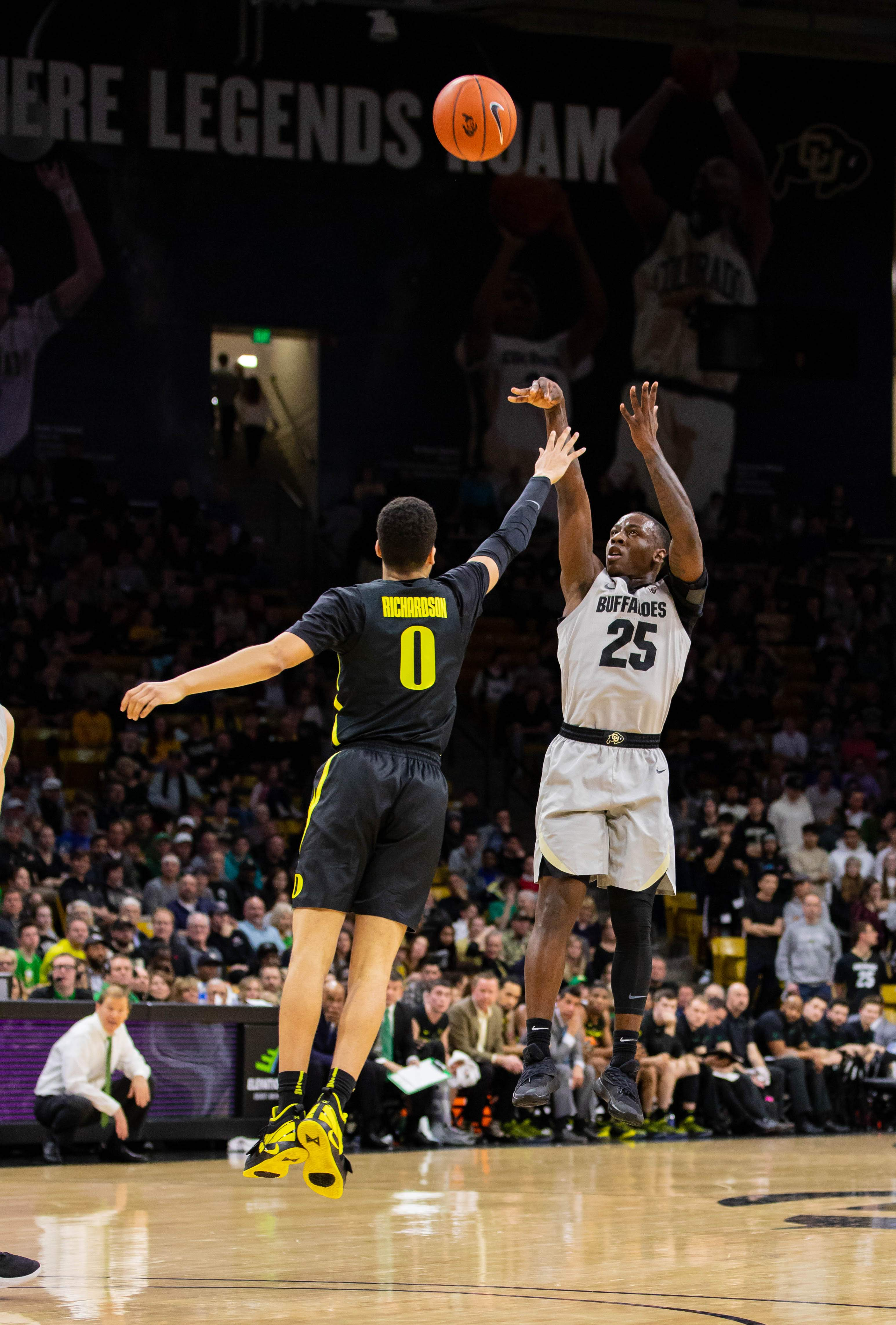 Tyler Bey and the Buffaloes dominate Ducks in 73-51 win