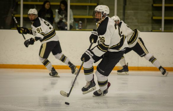CU men's D1 hockey loses to Jamestown in a shootout